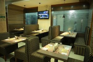 Hotel Nakshatra Inn, Szállodák  Haidarábád - big - 24