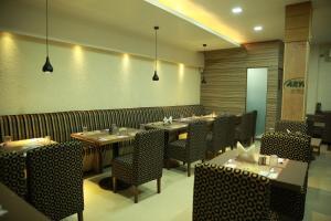 Hotel Nakshatra Inn, Szállodák  Haidarábád - big - 14