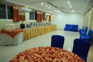 Hotel Nakshatra Inn, Szállodák  Haidarábád - big - 13