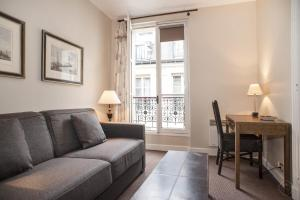 Beaubourg Apartment