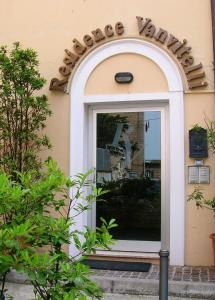 Nearby hotel : Residence Vanvitelli
