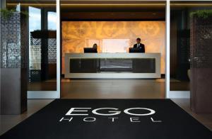 エゴ ホテル (Ego Hotel)
