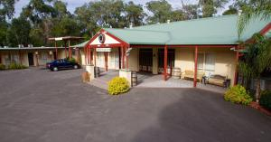 Sanctuary House Resort Motel