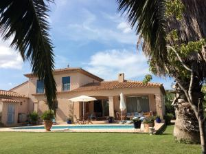 La Villa Clava