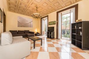 Grand Latina Apartment
