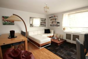 FG Property - Kensal Town, Warfield Road