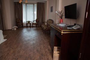 Green Hall Hotel, Hotels  Estosadok - big - 13
