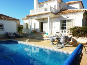 (Santos Villa in Quinta do Lago)