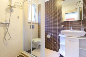 Apartments Villa Dinka, Apartmány  Opatija - big - 13