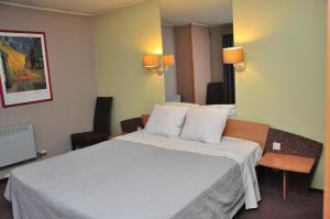 Hotel Afrit 28