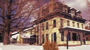 Allegheny Street Bed & Breakfast - Accommodation - Hollidaysburg