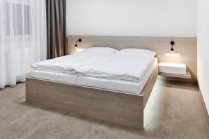 Hotel Morava, Hotels  Otrokovice - big - 24