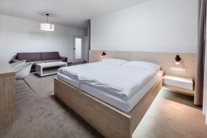 Hotel Morava, Hotels  Otrokovice - big - 19