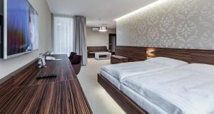Hotel Morava, Hotels  Otrokovice - big - 18