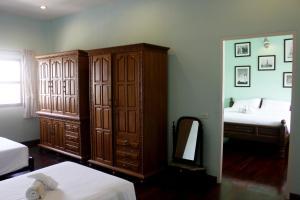 Feung Nakorn Balcony Rooms and Cafe, Hotely  Bangkok - big - 61