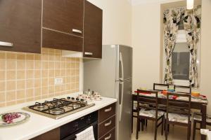 Holiday City Apartments
