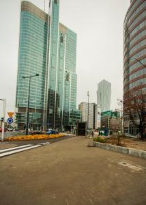 Apartamenty Varsovie Rondo ONZ, Ferienwohnungen  Warschau - big - 26
