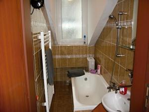 Apartmán Dr. Engla, Apartmány  Karlovy Vary - big - 2