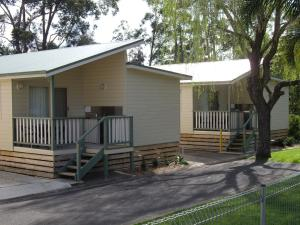 Pleasurelea Tourist Resort & Caravan Park, Комплексы для отдыха с коттеджами/бунгало  Батманс-Бэй - big - 24