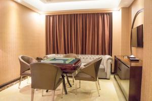 Aimoer Hotel