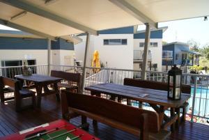 Emu's Beach Resort