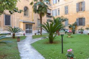 Rome Guest House Saint Peter, Appartamenti  Roma - big - 35