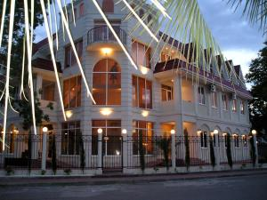 Rif Hotel