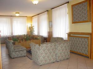 Hotel Europa, Hotels  Peio Fonti - big - 24