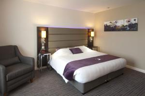 Фото отеля Premier Inn London Wandsworth