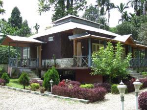 Aranya Resorts