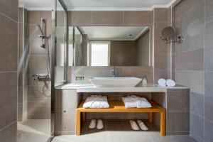 Anamnesis City Spa, Apartmanhotelek  Fíra - big - 24