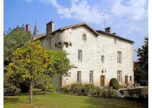 Villa in Deux Sevres I