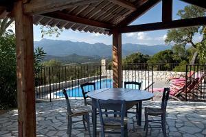 Villa in L Extreme Sud VI