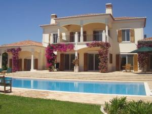 (Villa in Quinta Do Lago VIII)
