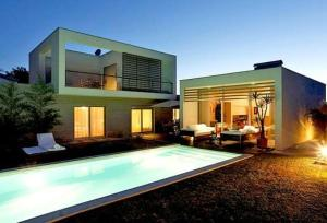 Villa In Sesimbra,