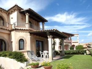 Villa in Cannigione