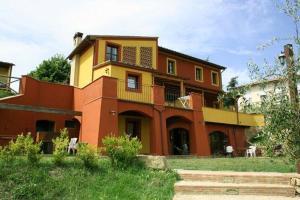 Apartment in Lari VII
