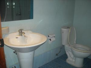 Cebu Guest Inn, Hostely  Cebu City - big - 11
