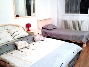 Bloc Colonadelor, Hostels  Bukarest - big - 10