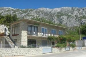Apartment in Omis
