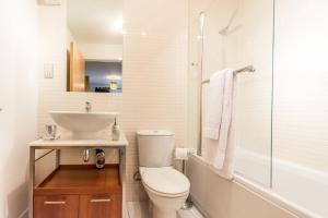 Holistic Condos Apartments - Albion Gardens, Апартаменты  Эдинбург - big - 2