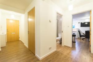 Holistic Condos Apartments - Albion Gardens, Apartmány  Edinburg - big - 8