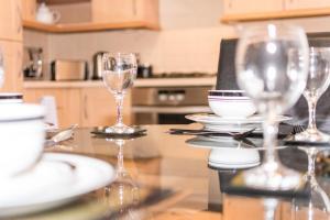 Holistic Condos Apartments - Albion Gardens, Apartmány  Edinburg - big - 13