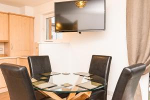 Holistic Condos Apartments - Albion Gardens, Apartmány  Edinburg - big - 24