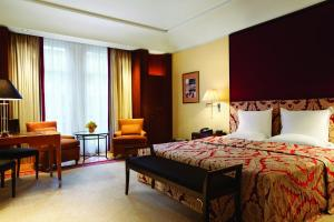 New Year's Eve Ball- Deluxe Double Room