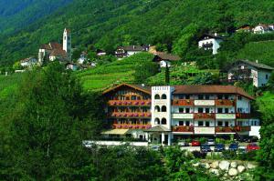 Prenota Hotel Marlingerhof