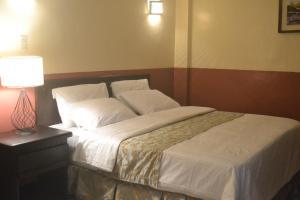 DM Residente Hotel Inns & Villas, Hotels  Angeles - big - 30