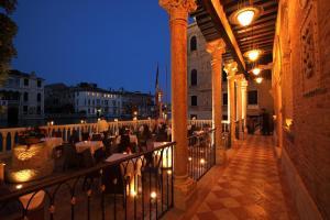 Hotel Palazzo Stern (2 of 24)