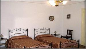 B&B Casa Marina, Отели типа «постель и завтрак»  Санто-Стефано-ди-Камастра - big - 2