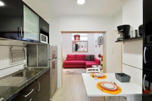 Feels Like Home Pink Terrace Flat, Apartmány  Lisabon - big - 8